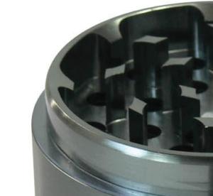 Masterdam 4 Piece grinder standard size shredding compartment